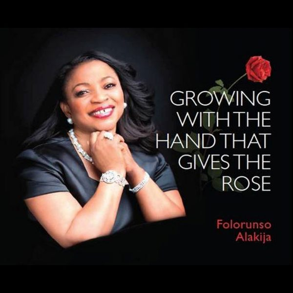 GROWING WITH HAND THAT GIVES THE ROSE